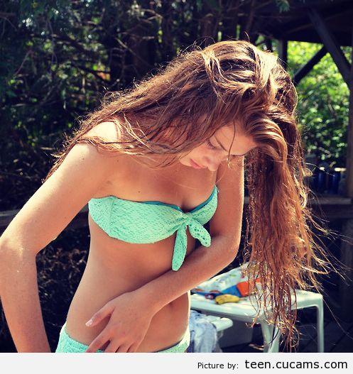 Teen Pantyhose Bikini by teen.cucams.com