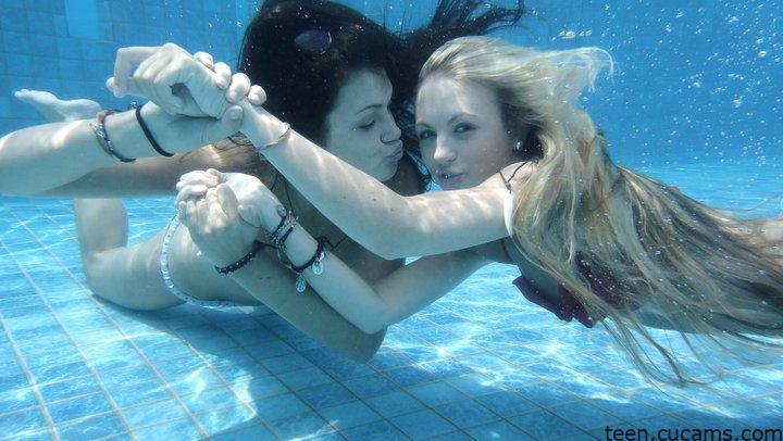 Teen Wet Inside by teen.cucams.com